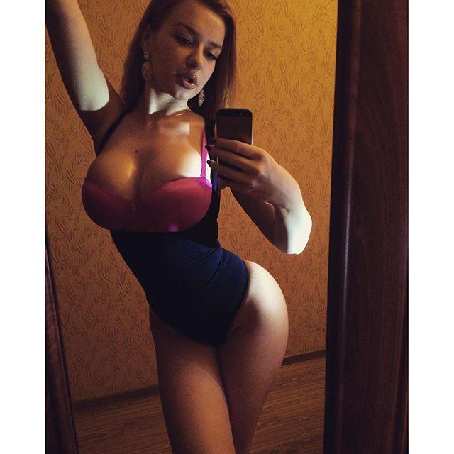 Jeune mère sexy du 50 pour snap et rencontre