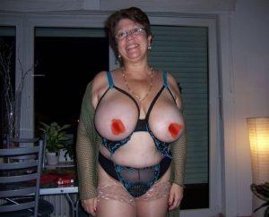 Nude photo cougar chaude du 66