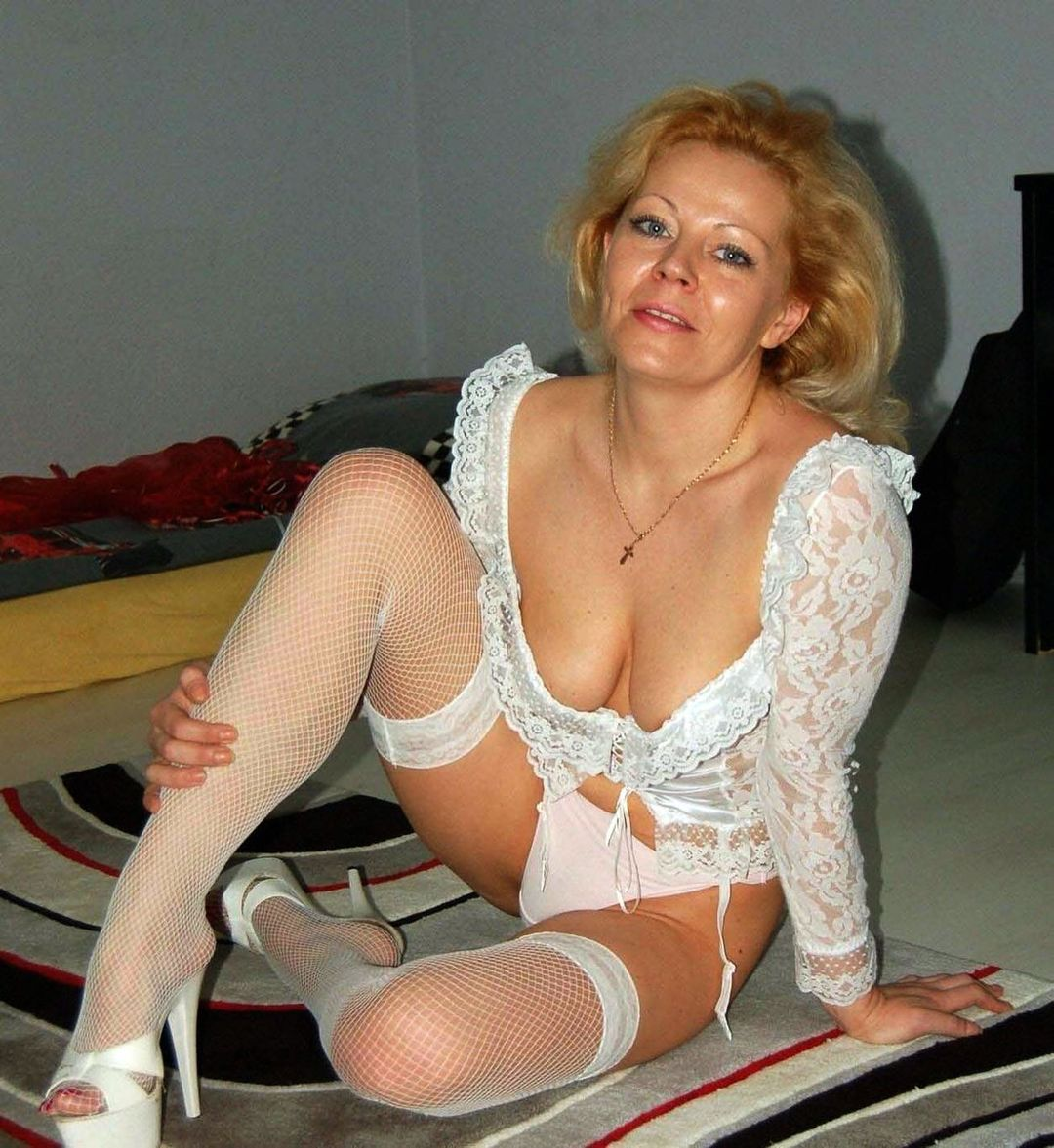 Nude photo cougar chaude du 93