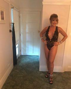 femme mature nue sexy du 53 à rencontrer